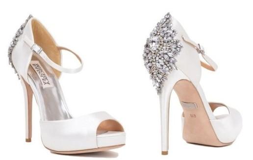 zapatos-de-novia-2015-con-detalles-de-cristales-en-el-tacon