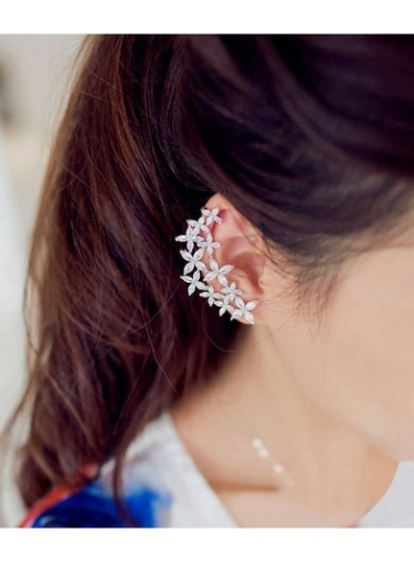 1-Buy-Street-Style-Accessories-DAWSO-Flowers-Asymmetric-Earrings